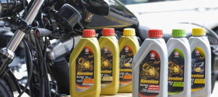 Difference between car motor oil and motorcycle motor oil